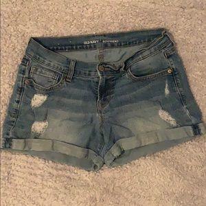 medium wash, old navy boyfriend jean shorts.